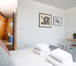 The Houseboat Poole Poole Hamworthy Dorset Captains Quarters Bedroom 3 Award Winning Holiday Property