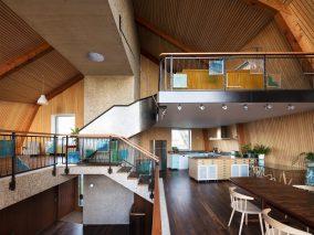 The Houseboat Poole Hamworthy Dorset Award Winning Holiday Home Open Plan Levels